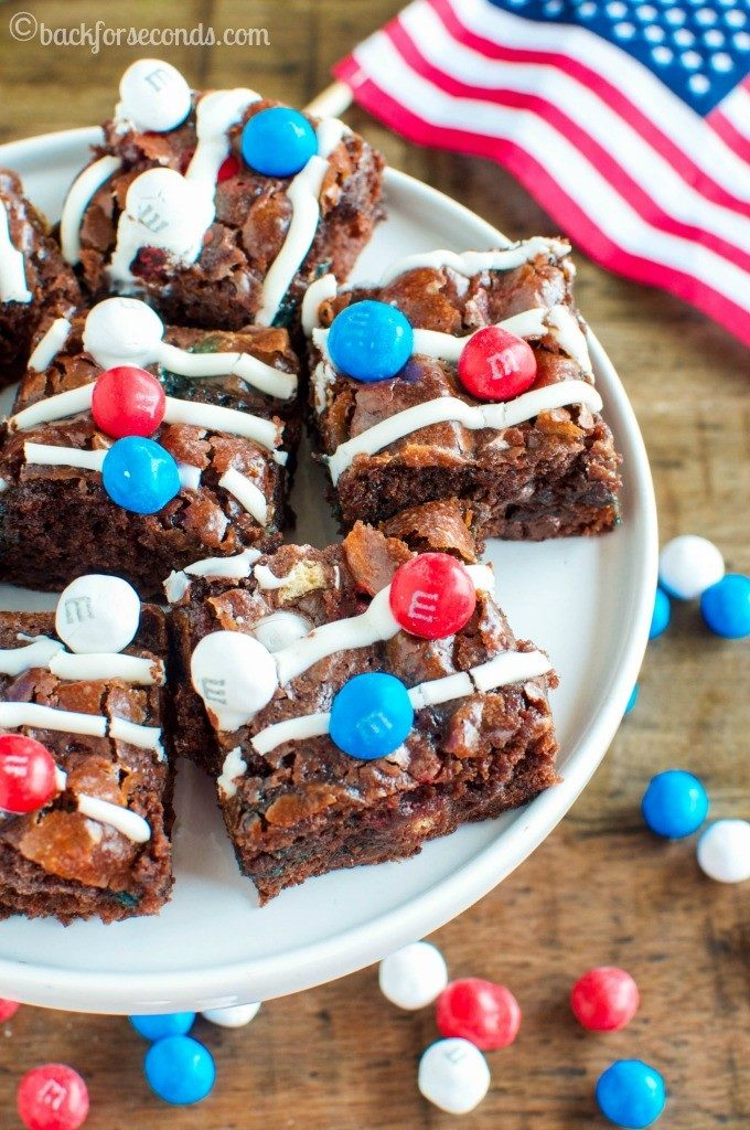 Patriotic Marshmallow Crunch Brownies Back for Seconds